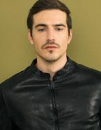 ジェンテ スタイル73 2018 AUTUMN_WINTER DELAN(デラン)のレザージャケット、CIRCOLO1901(チルコロ1901)のロングTシャツ、CIRCOLO1901(チルコロ1901)のスウェットパンツのコーディネート_リスト画像