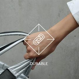 VEECOLECTIVE(ヴィーコレクティブ))機能性とデザイン性が融合したベルリン生まれのジオメトリック柄バッグ_堅牢さについて