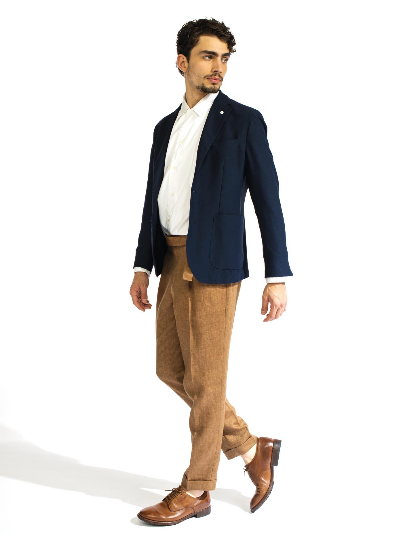 STYLE102 L.B.M.1911(エルビーエム1911)ジャケット、ASPESI(アスペジ)のシャツ、BRIGLIA1949(ブリリア1949)のパンツで仕上げたタイリング